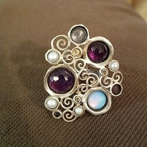Jewelry - Artsy deco style ring